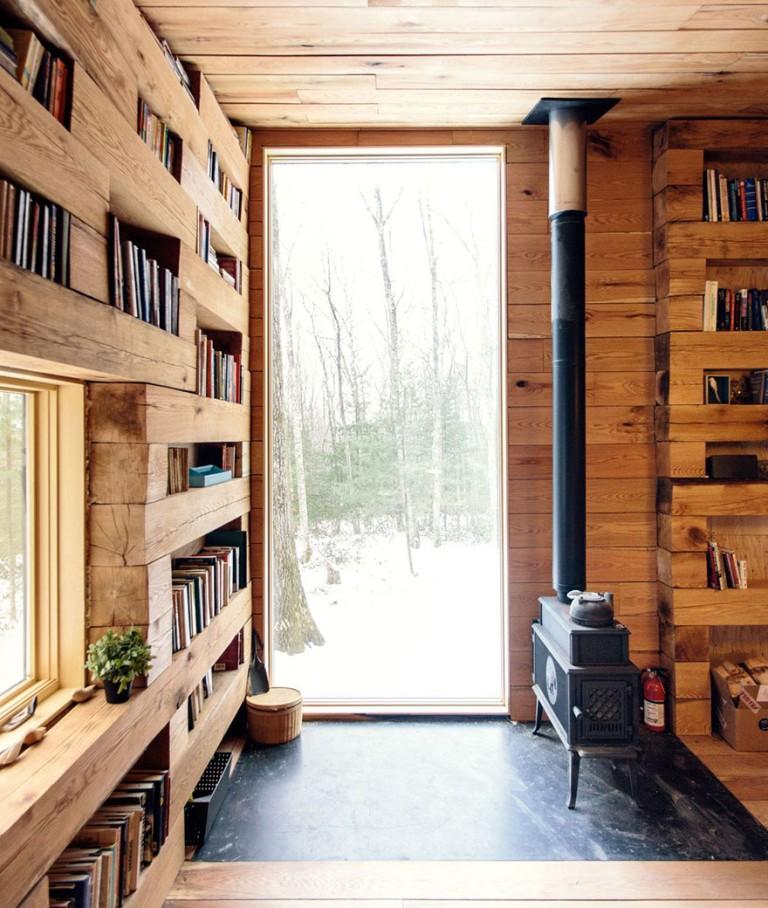 Этот изолированный домик-библиотека в лесах - мечта каждого книголюба