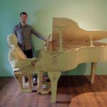 Томислав Хорват создал скульптуру пианиста из 210000 спичек