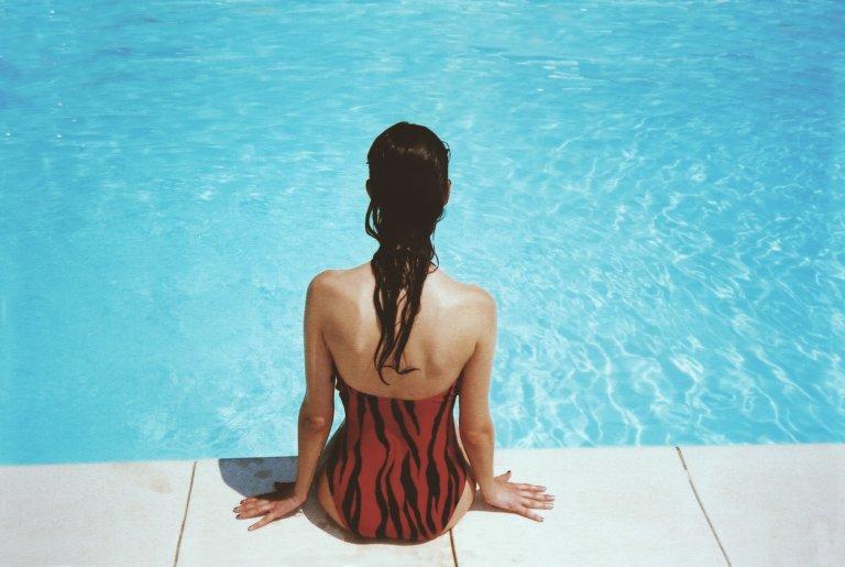 польза плавания в бассейне, плавание