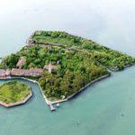 Остров Повелья — одно из самых жутких мест на планете