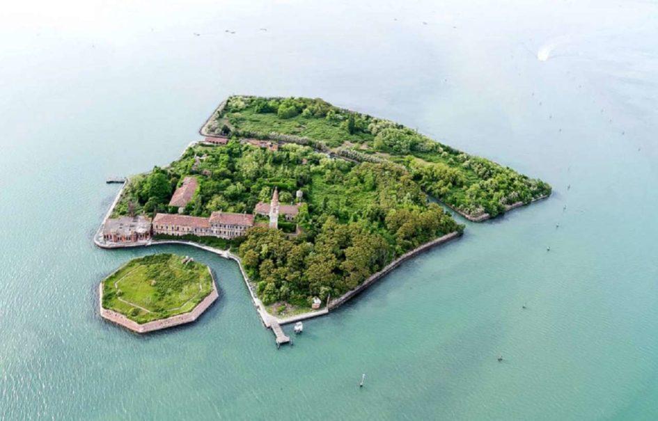 Остров Повелья - одно из самых жутких мест на планете