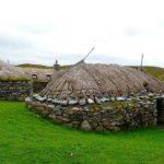 Удивительные каменные черные дома Шотландии XVIII века