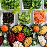 8 продуктов, которые не нужно есть на голодный желудок