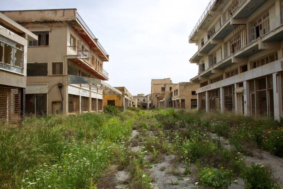 Вароша: как некогда роскошный курорт превратился в город-призрак