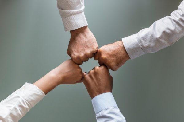 3 причины, почему не стоит открывать бизнес с друзьями