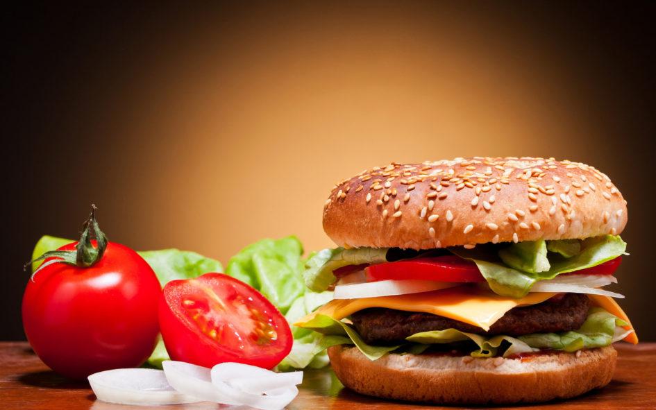 10 продуктов, которые не рекомендуется есть после шести, факты, интересные факты