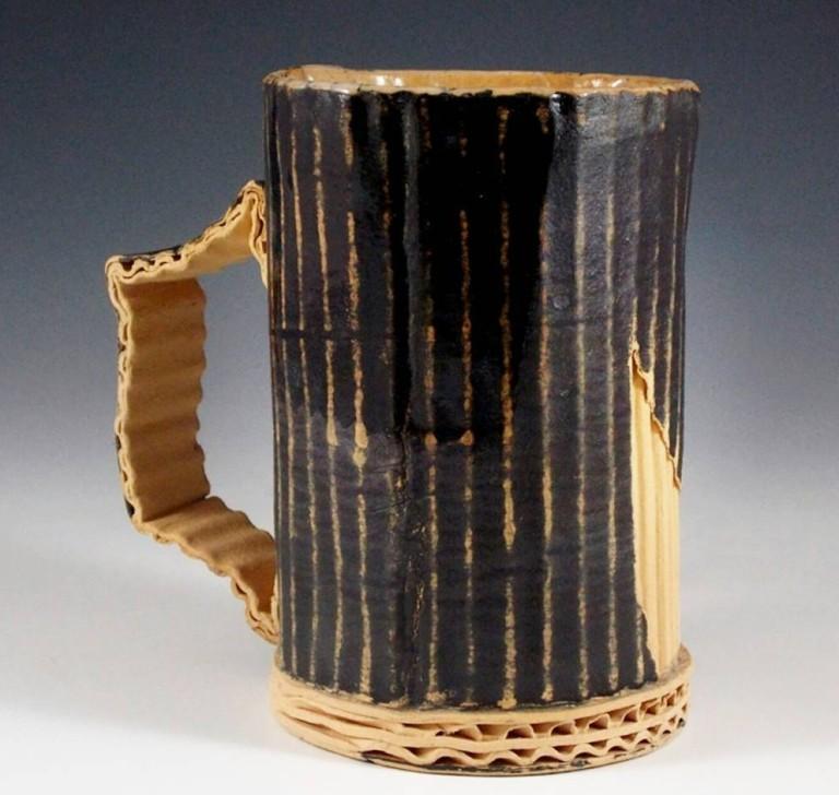 Тим Ковальчик создает удивительные керамические скульптуры в виде мусора