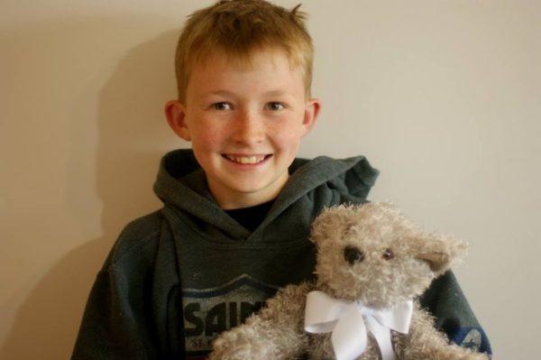 12-летний Кэмпбел Ремес сделал более 800 игрушек для больных детей