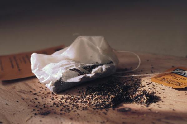 20 способов повторного использования чайных пакетиков