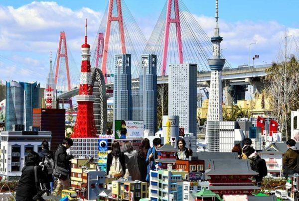 Legoland - парк развлечений с копиями мировых достопримечательностей из Lego
