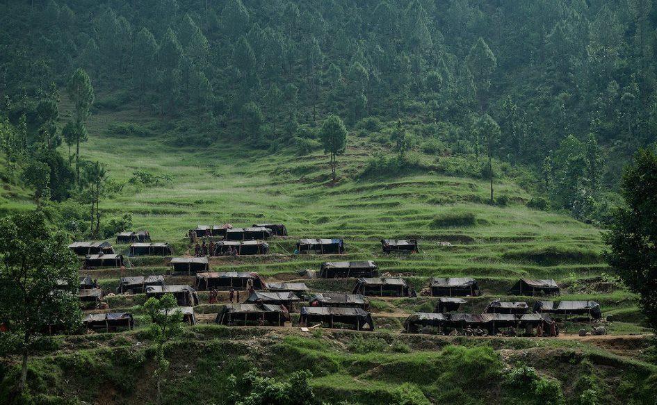 Племя рауте - уникальное первобытное племя в Непале