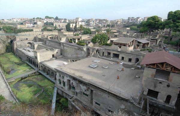 Геркуланум - менее известный сосед Помпеи