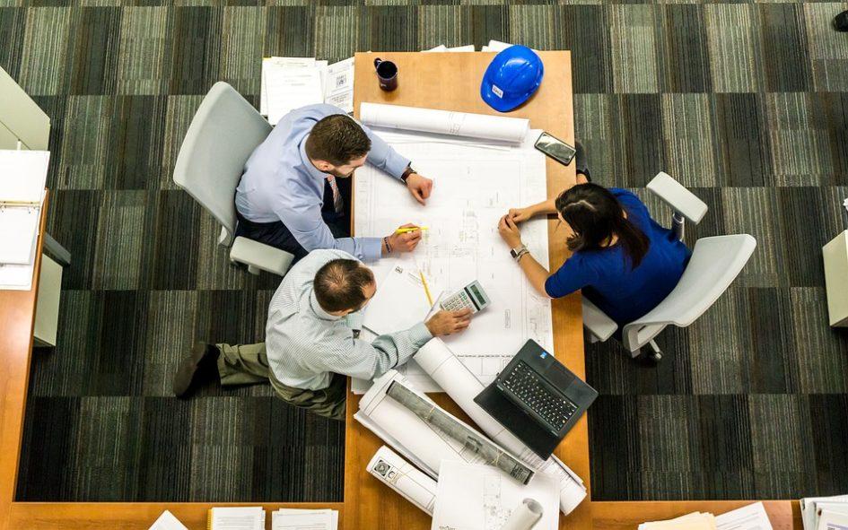 5 привычек, которые могут испортить вашу карьеру