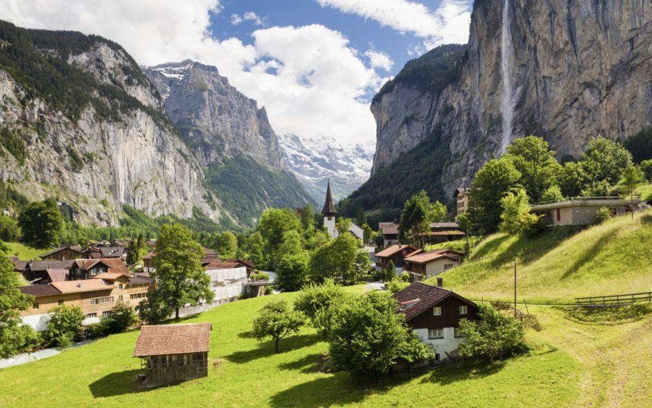 Лаутербруннен - самая красивая долина Европы