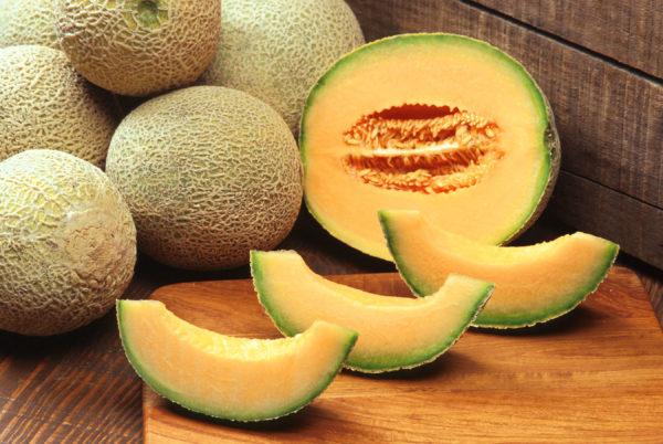 польза дыни, свойства дыни, калорийность дыни, чем полезна дыня