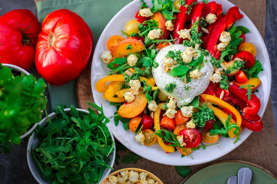 7 ошибок, которые делают ваш салат слишком калорийным
