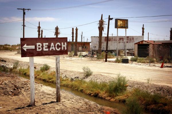 История Солтона: роскошный город, который стал заброшенным