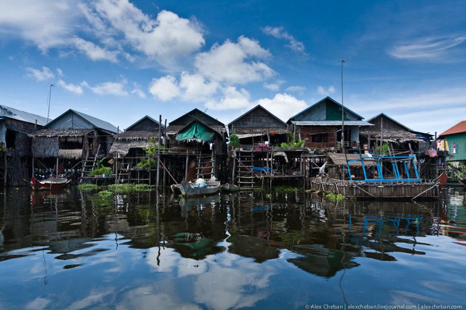 Кампонг Плук - деревня, построенная над озером 07