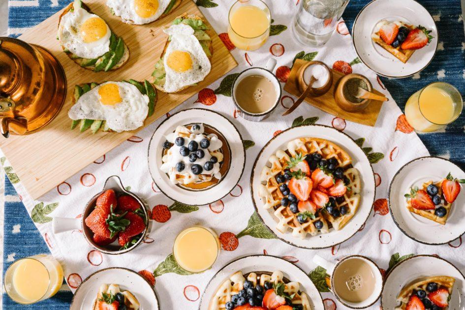 10 продуктов, вызывающие пищевое отравление чаще всего
