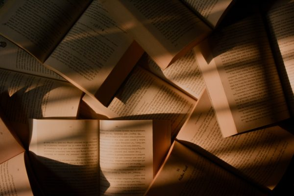 15 книг-антиутопий, которые навсегда изменят ваше мнение об идеальном мире