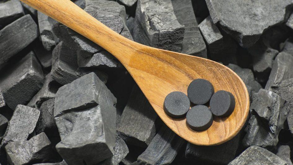 5 полезных свойств активированного угля