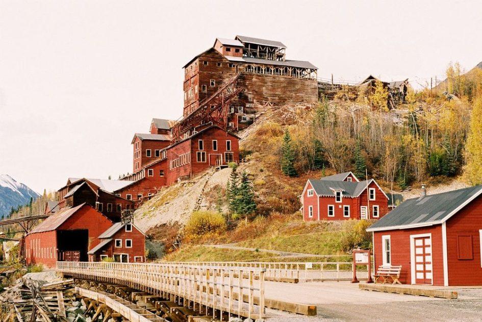 Кенникотт - шахтерский город-призрак в штате Аляска