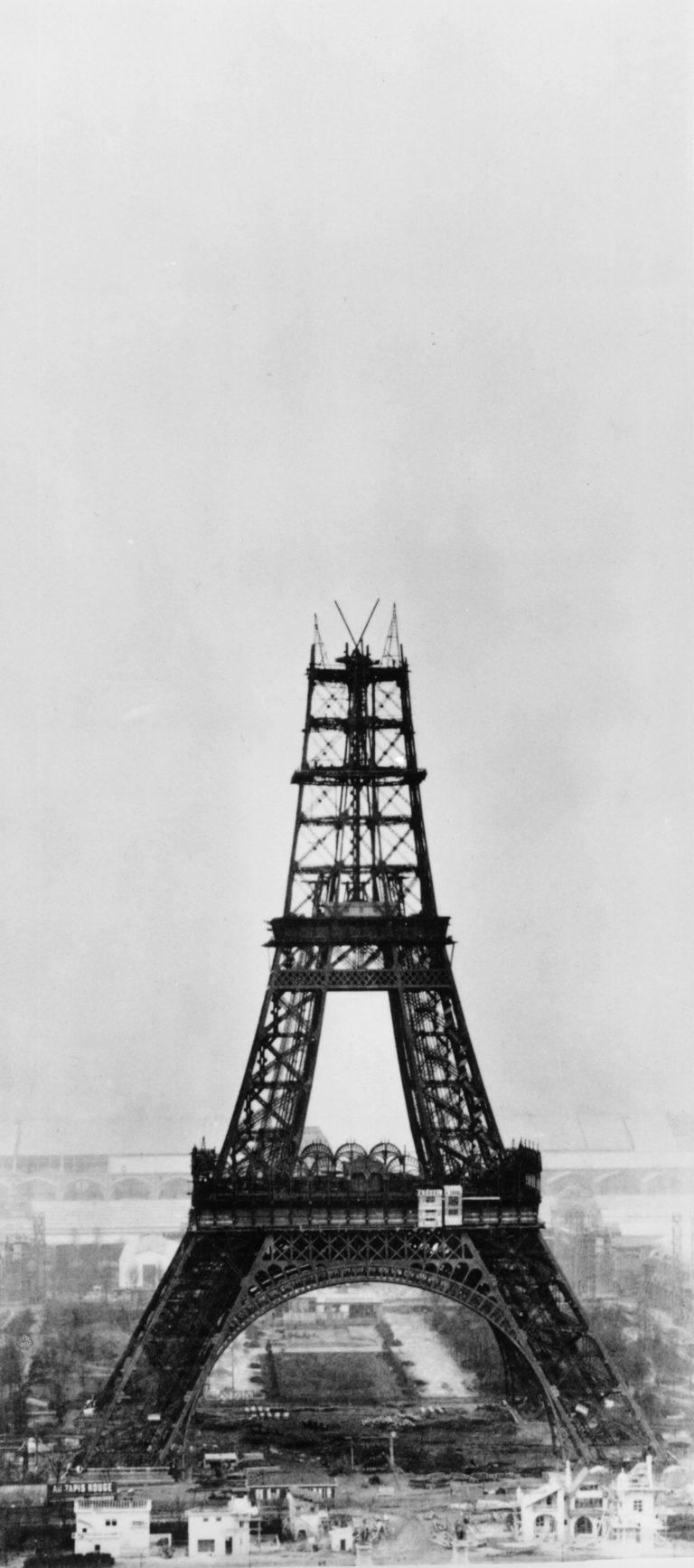 Как строилась Эйфелева башня: этапы строительства