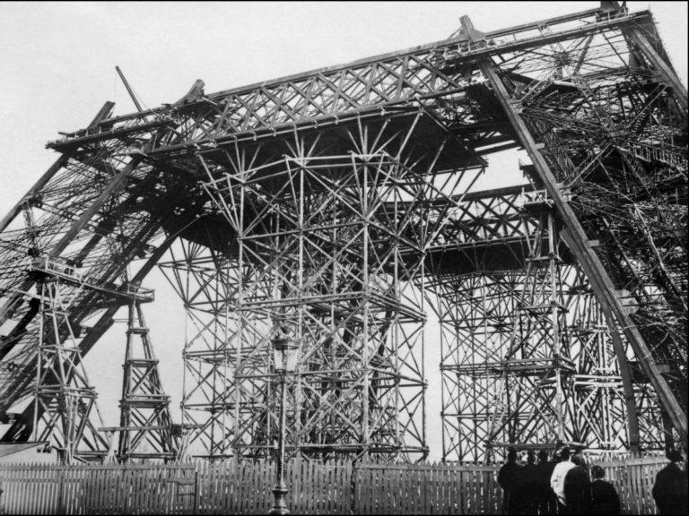 Как строилась Эйфелева башня 10