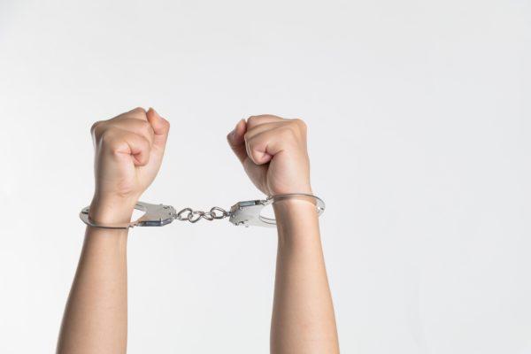 5 самых бестолковых преступников