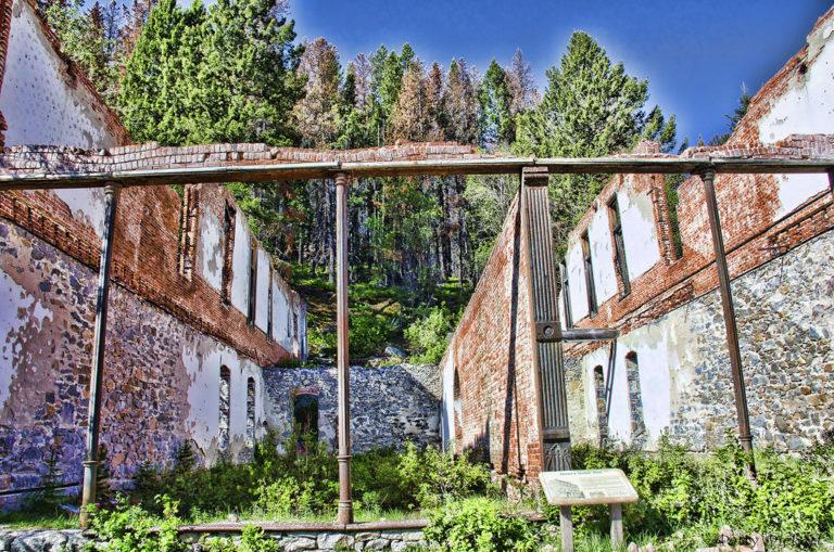 Гранит - крупнейший центр добычи серебра, который стал городом-призраком