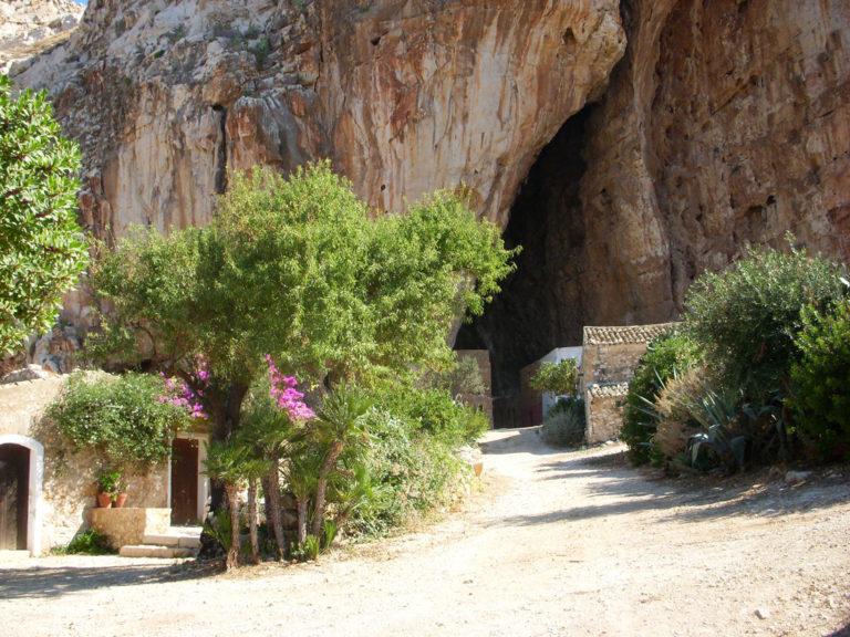 Пещеры Манджапане, Сицилия