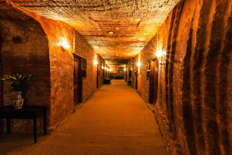 Кубер-Педи - подземный город с огромными запасами опалов