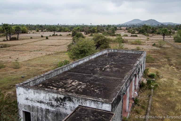 Кампонгчанг - крупнейший заброшенный военный аэропорт в Камбодже