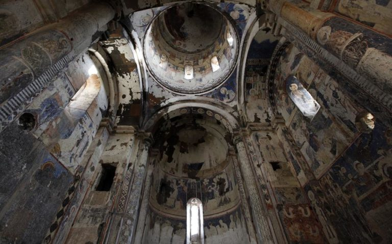 Ани - город тысячи церквей, которых был заброшенАни - город тысячи церквей, которых был заброшен