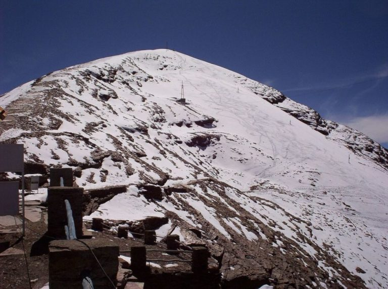 Чакалтая - самый высокий горнолыжный курорт, который стал заброшенным