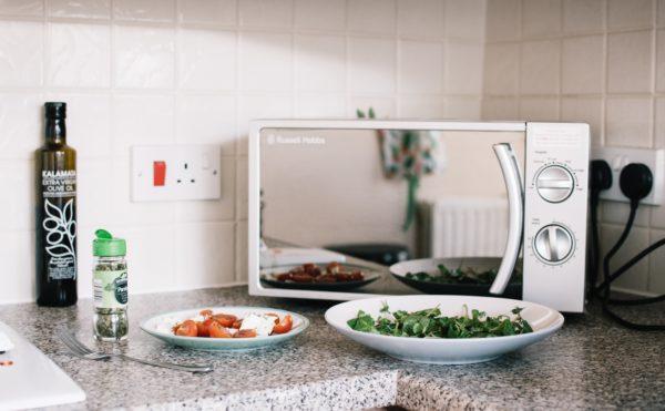 Какая должна быть посуда для микроволновки