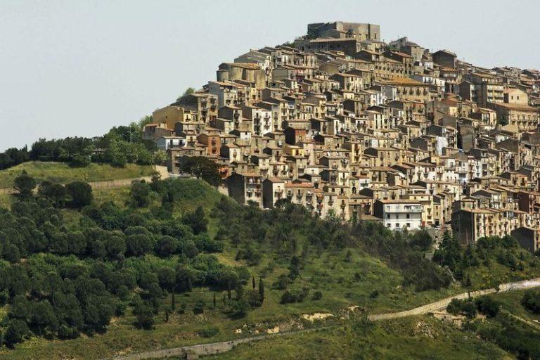 Ганджи - город, который продал сам себя