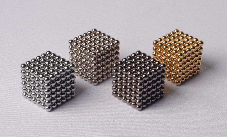 Фигуры из 216 шариков