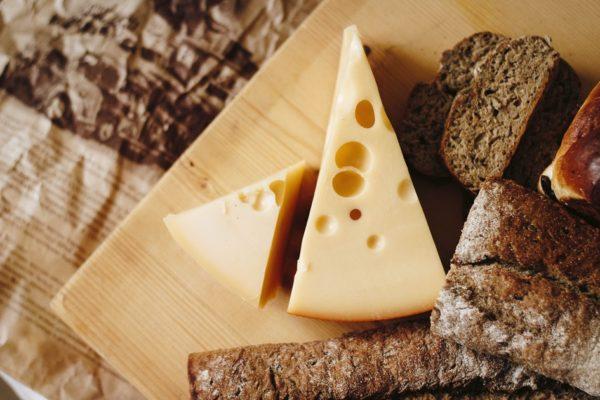 5 самых полезных сыров и их преимущества для здоровья