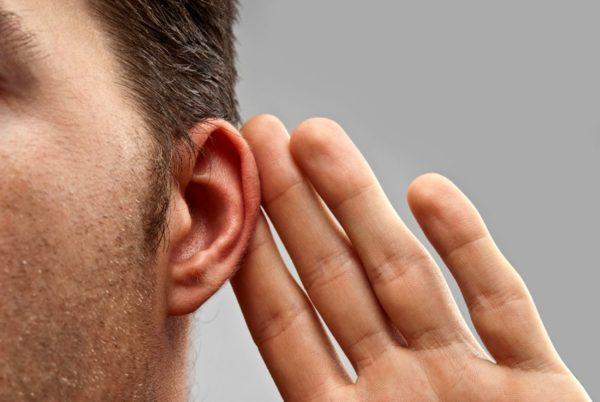 5 признаков потери слуха, которые вы можете не замечать