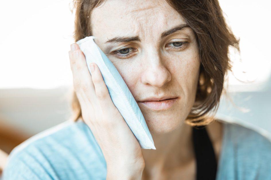 Что делать при острой зубной боли?