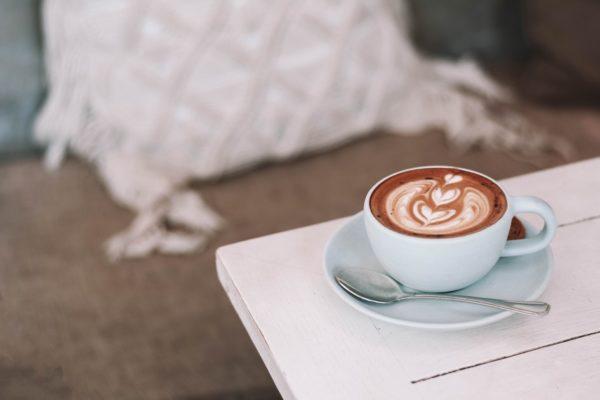 Почему кофе может расстроить желудок и как это предотвратить?