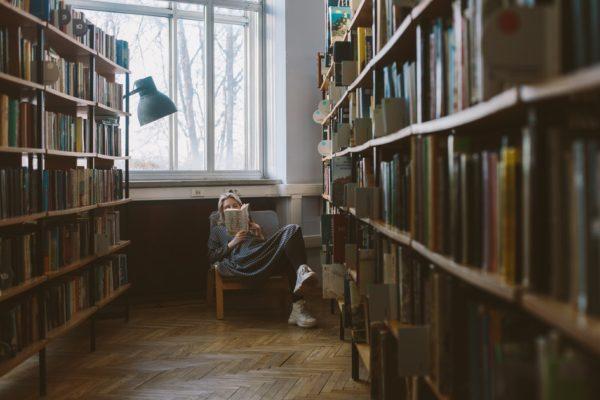 6 причин начать читать стихи